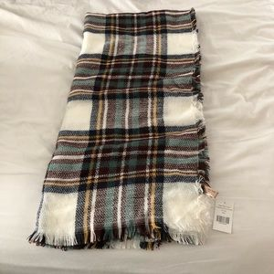 Accessories - BRAND NEW plaid blanket scarf. Includes tag.
